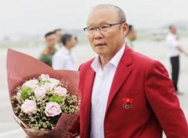 Sách về Park Hang-seo (phần cuối): Ông Park tự hào vì mang quốc kỳ Việt Nam trên ngực