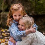 """10 kiểu cha mẹ làm con cái """"khổ sở"""" mà không nhận ra"""