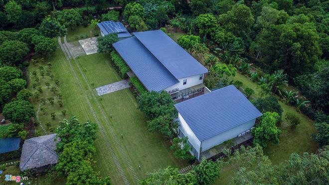 Toàn cảnh nhà ca sĩ Mỹ Linh và các khu nghỉ dưỡng giữa rừng phòng hộ - Ảnh 1.