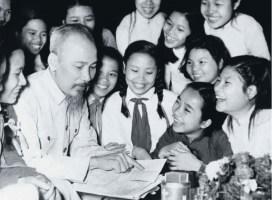 15 câu chuyện về bác Hồ và bài học kinh nghiệm ý nghĩa nhất (p3)