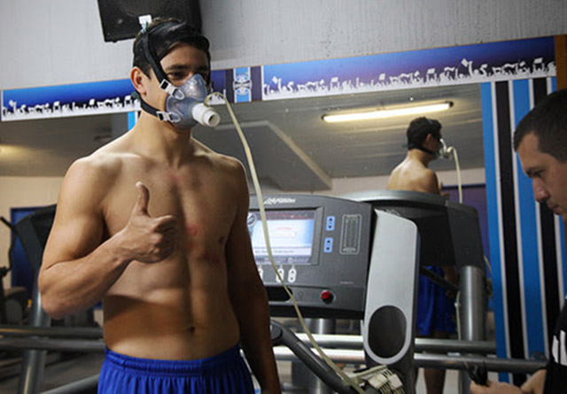 Meia Giuliano chegou ao Grêmio disposto a fazer história