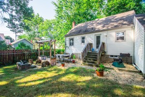 214 McKinley Ave New Milford, NJ 07646 | Presented for Sale by the Gibbons Team www.GibbonsTeam.net