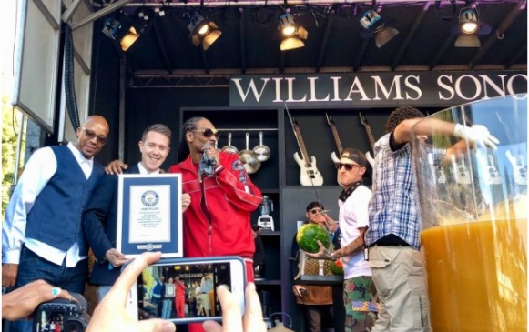 Fantastic! Snoop Dogg Breaks Guinness World Record (See What He Did)