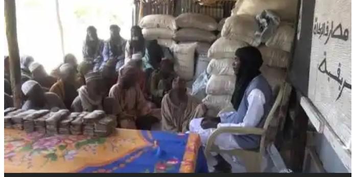 boko-haram-shares-ramadan-packages-cash-to-borno-yobe-residents
