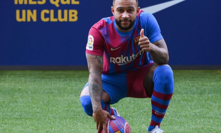 Barcelona New Signing Memphis Depay Sends Message To Lionel Messi After His Unveiling At Nou Camp