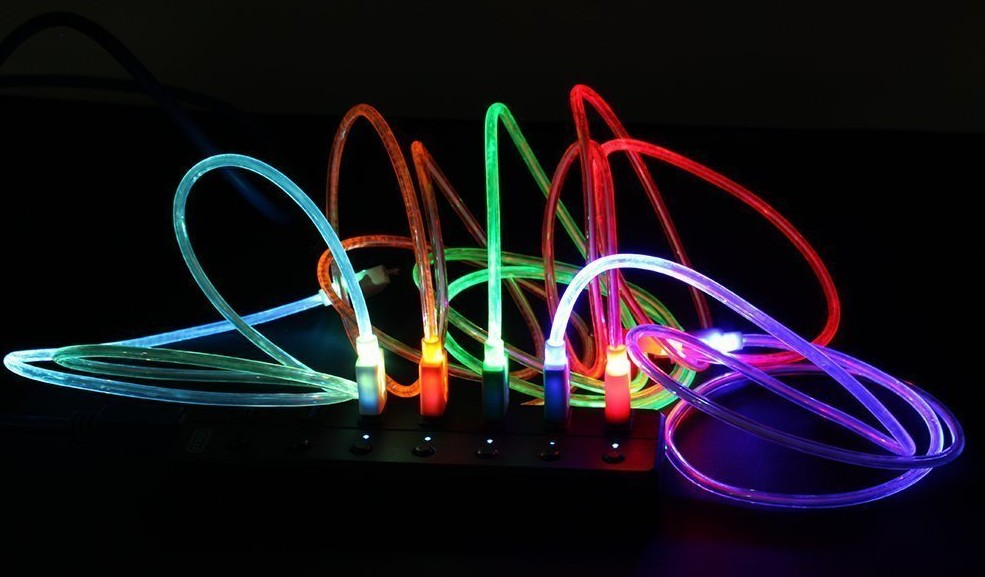 Light Up Charging Cord + 49 More Cheap Gift Ideas Under 5 Dollars
