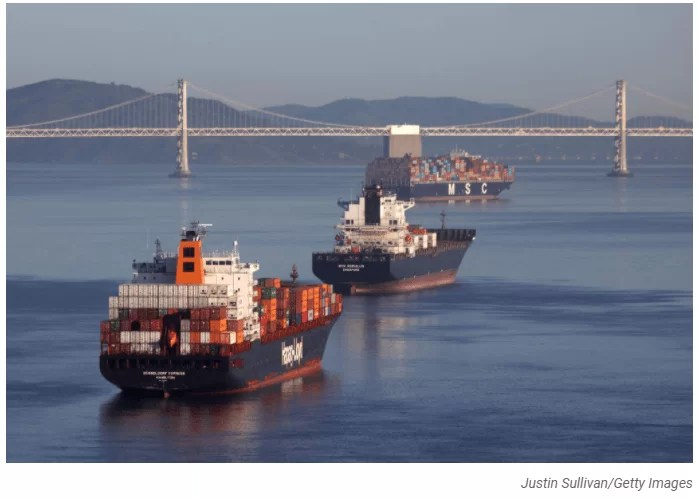 """How """"Chaos"""" In the Shipping Industry Is Choking The Economy"""