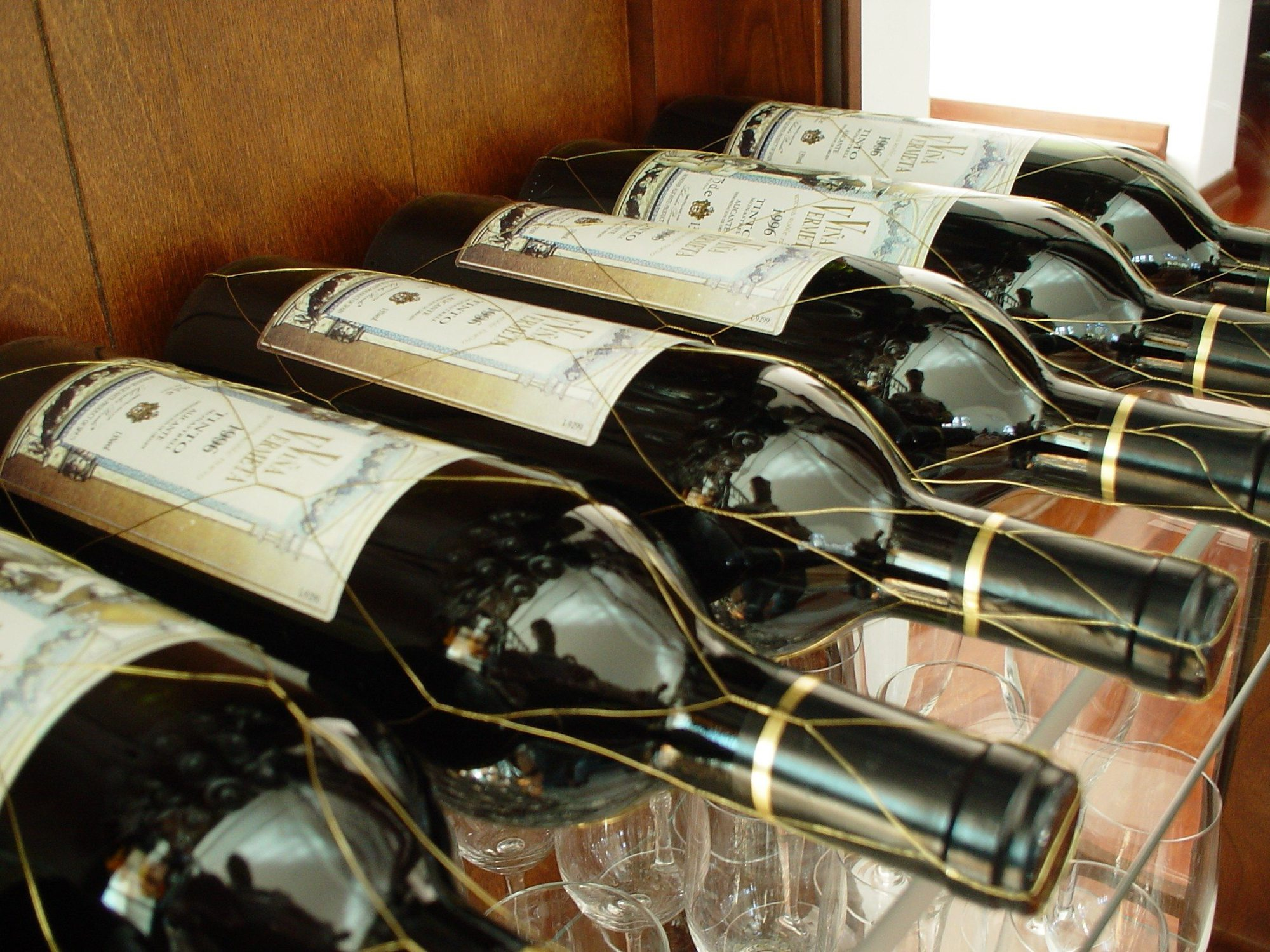 wine related gifts: wine bottles