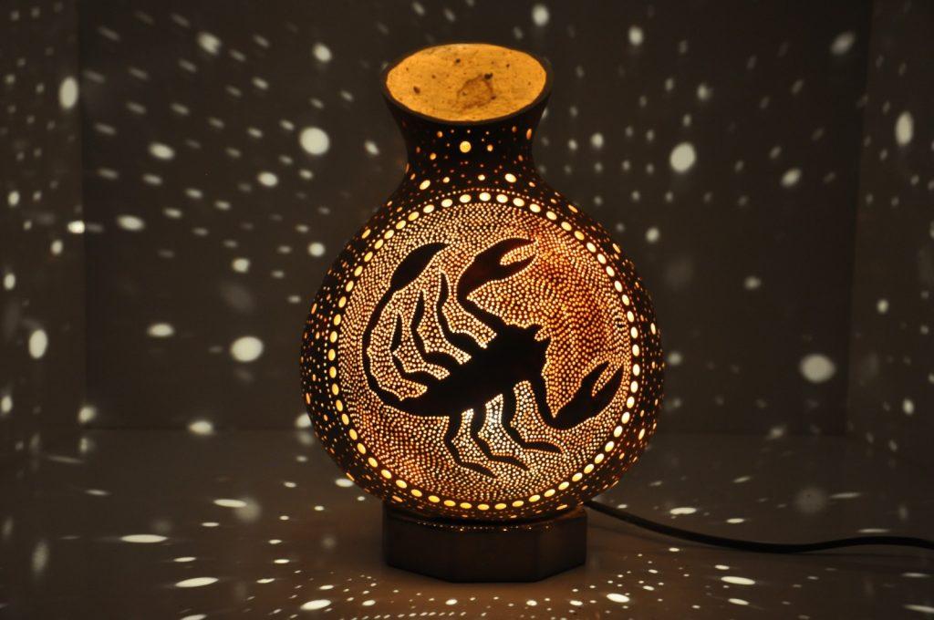Scorpion mosaic lamp