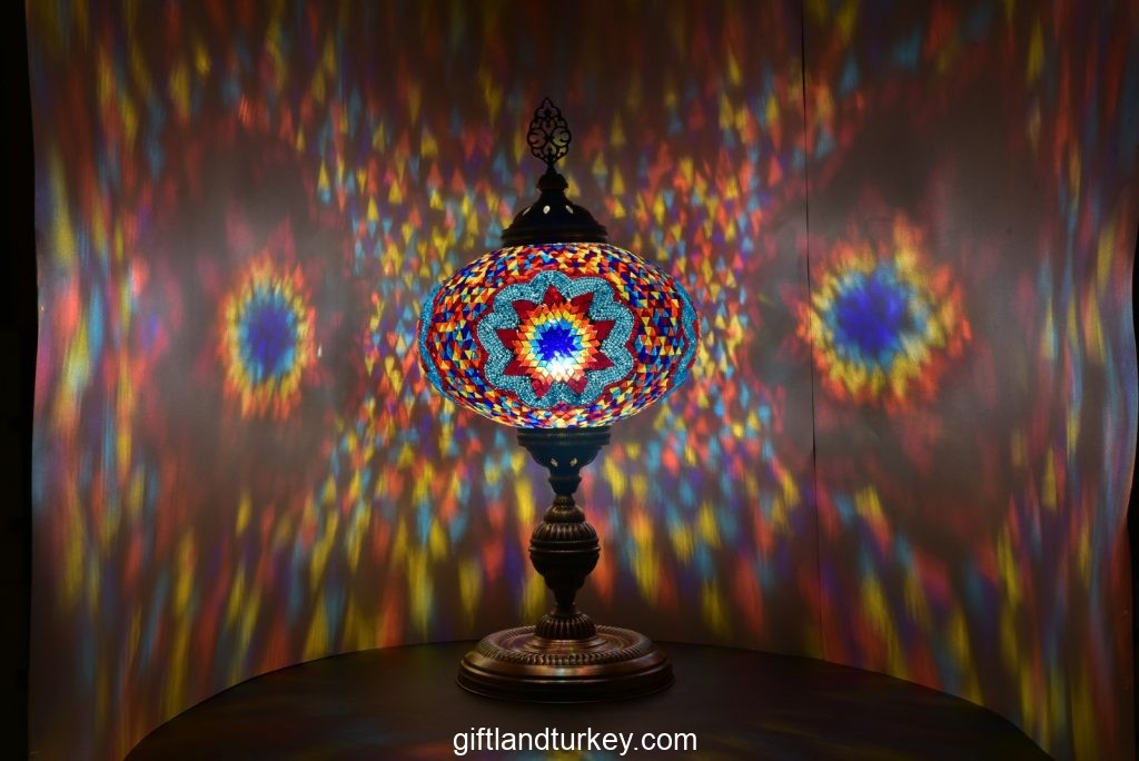 How should I invest in a mosaic lamp in the new year?