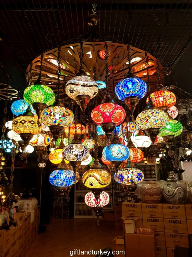 Color mosaic lamps