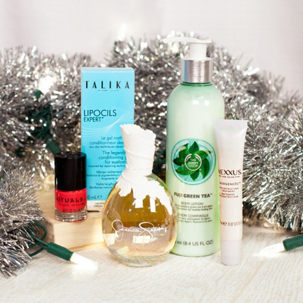 Total Beauty GIVEAWAY Like or comment to win!  That's it.