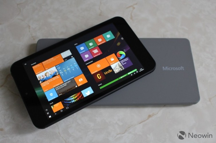 GLOBAL GIVEAWAY Linx 7 Windows tablet + Office 365 + Microsoft Universal Mobile Keyboard!