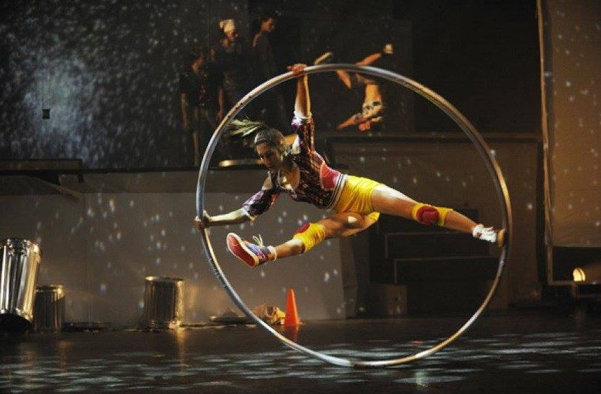 Win tickets to give away to Cirque Eloize at Nuffnang SG
