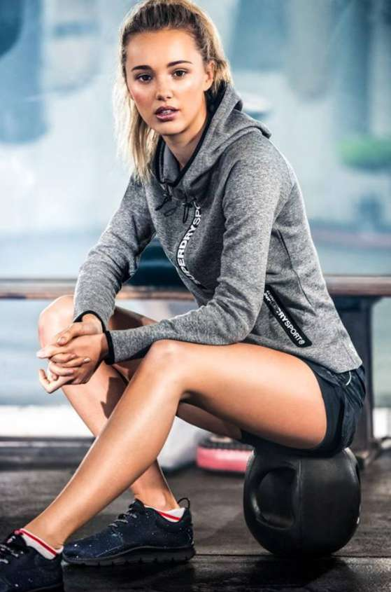 win-amazing-superdry-vouchers-worth-rm300-when-you-share-your-sporty-look