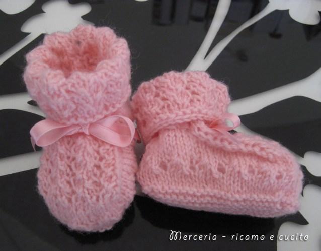 scarpette-neonato-di-lana-ai-ferri-rosa-2