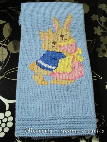 Copertina in lana per neonato con teneri coniglietti