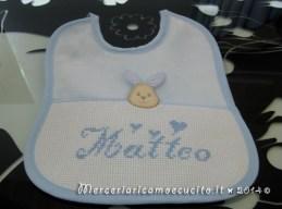 Bavetta con coniglietto celeste per Matteo