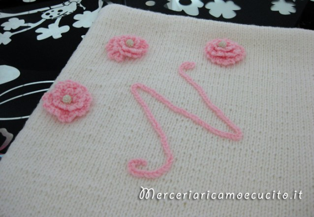 Copertina in lana per neonato con iniziale per Noemi