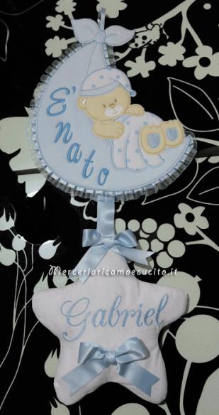 """Fiocco nascita celeste sacco con orsetto """"E' nato"""" per Gabriel"""