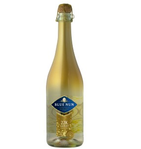 BLUE NUN Product Bottle Shot Gold Edition 22K