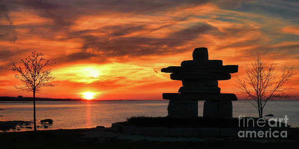 The Guardian - Inukshuk statue on Lake Ontario, Canada