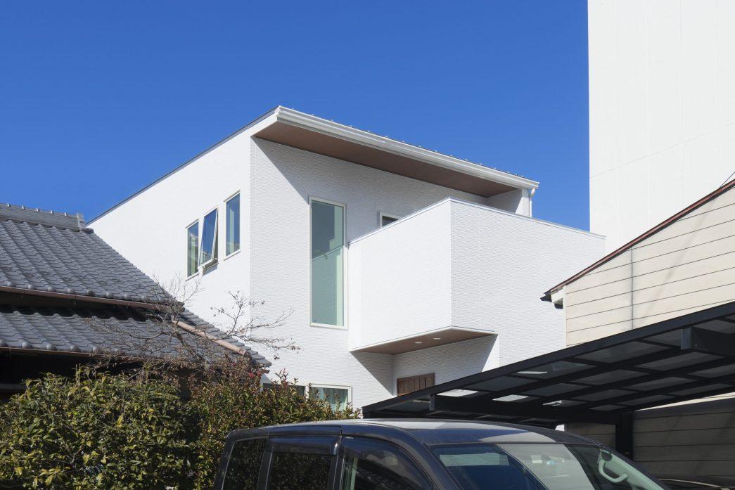 岐阜市施工例|光と風を感じる間口5mの家