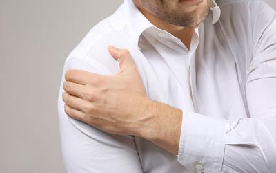Ombro congelado e deslocação do ombro
