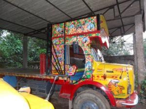 Auch die Lastwagen waren parkiert...