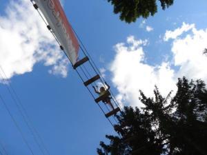 Julia hoch oben auf der grossen Route...