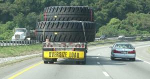 und diese Laster fahren nicht unbedingt langsam...