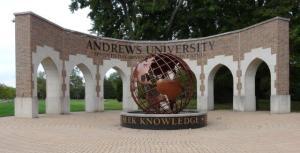 Andrews Universtiät...
