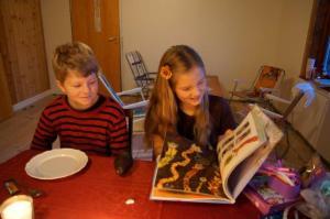 Ein Bastelbuch... Julia kennt keine Lange-Weile...