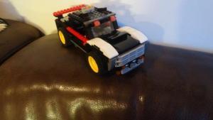Alexander greift hie und da wieder zu seinen Legos... welch tolle Erfindung!