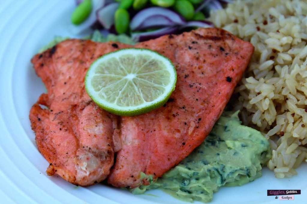grilled salmon with hot sauce marinade4