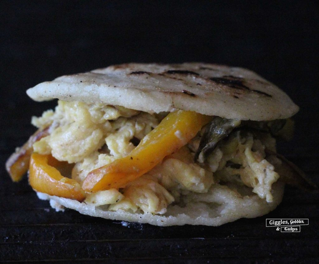 egg pepper arepa3