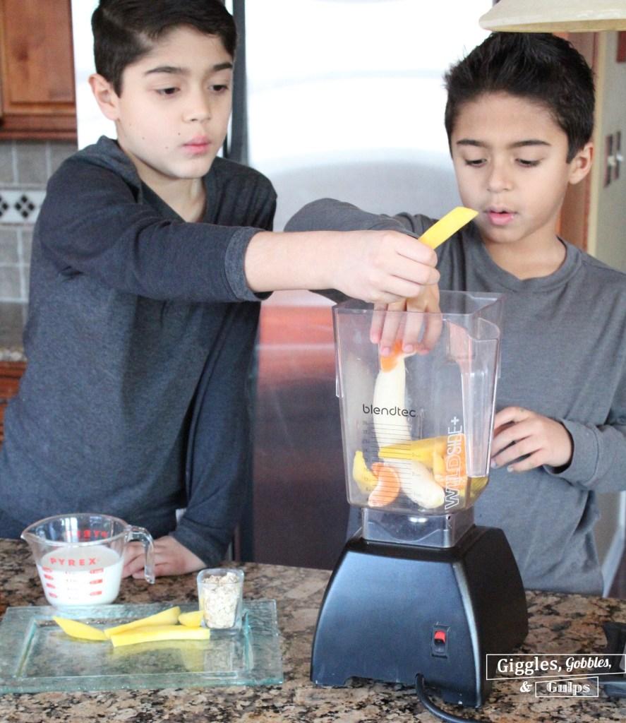 mango clemenntine banana smoothie2