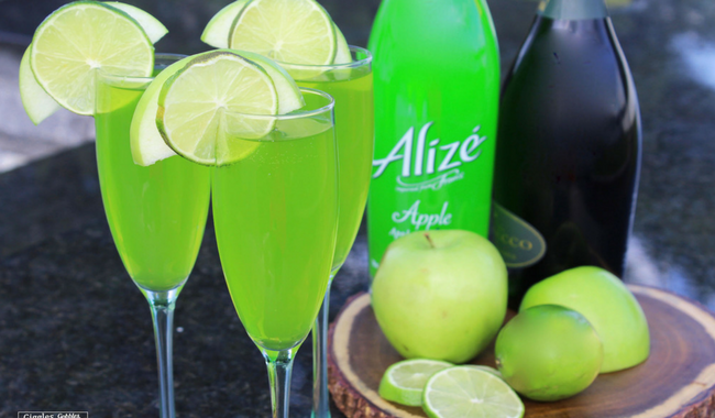 Alizé Apple Champagne Cocktail