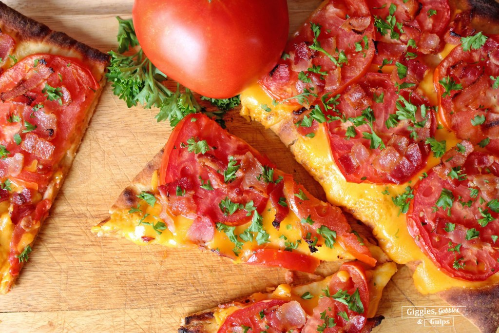 tomato bacon flatbread2