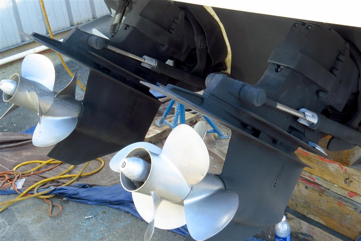 Formula –Repainting outdrives & bottom | Gig Harbor Marina & Boatyard