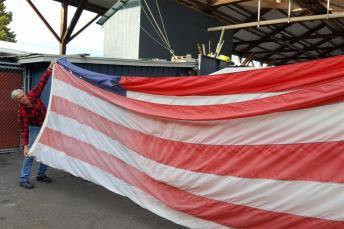flag lowering