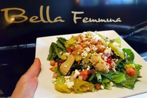 Bella Femmina