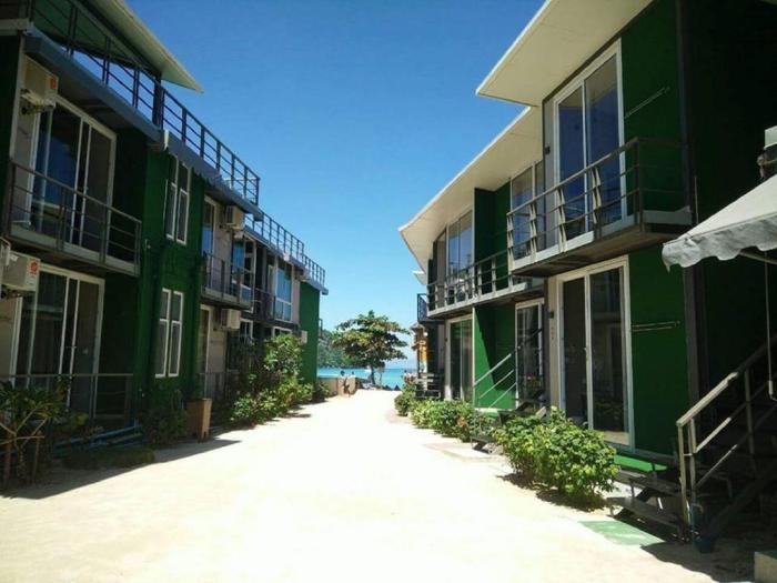 the-beacha-club-photos-exterior-hotel-information