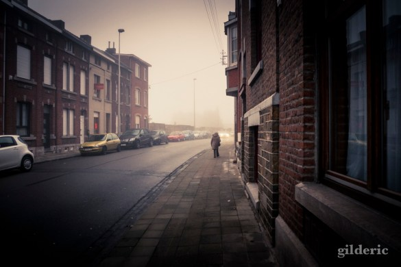 Mist in the City (Grivegnée, Belgique) - Photo : Gilderic