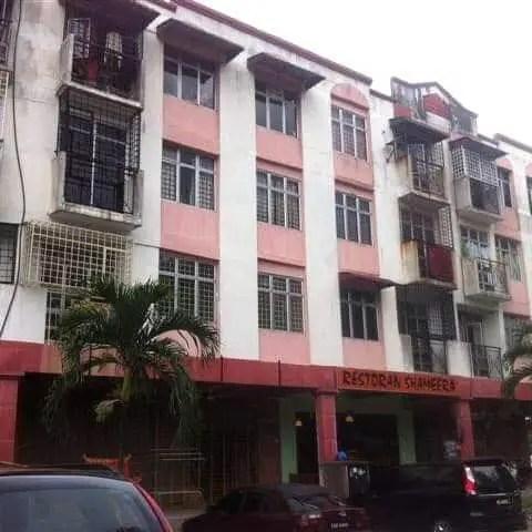 deco apartment