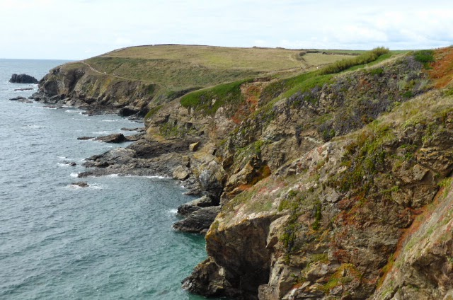 Dramatic Cornish cliffs. Lizard Point
