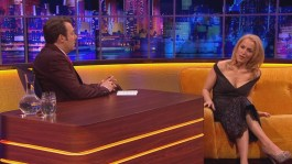 Gillian.Anderson-The.Jonathan.Ross.Show.14.12.2013.720p-43