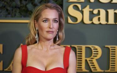 Gillian Anderson-large