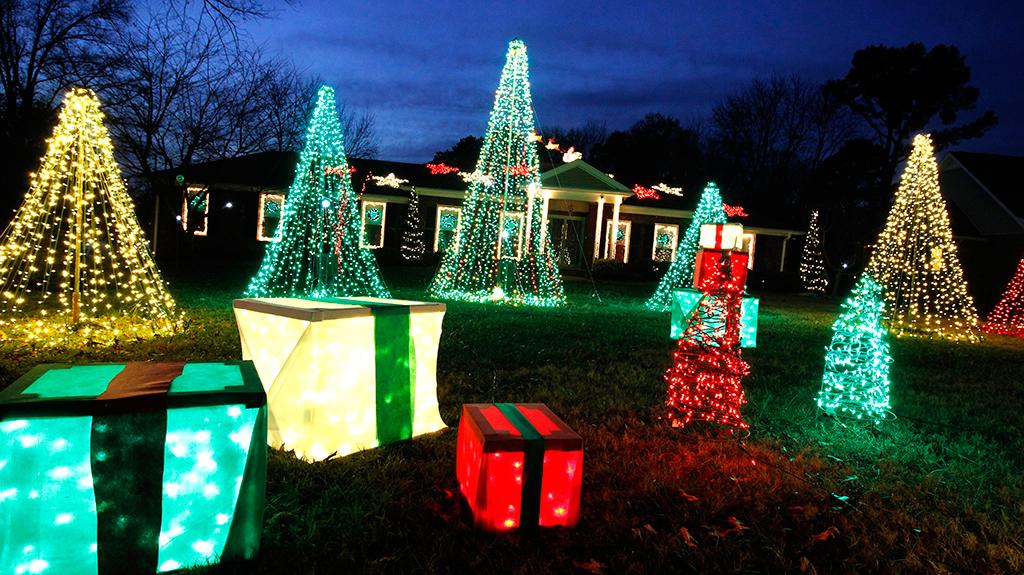 Lights around Hendersonville & Lights around Hendersonville | Gillu0027s Bright Lights azcodes.com