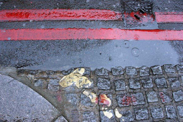 Red lines, with yellow, London